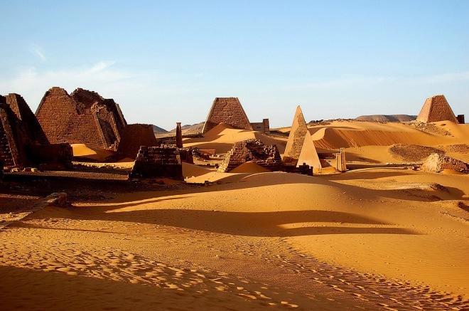 pyramids-nubian-desert_1