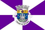 Flag of Setúbal- purple and white