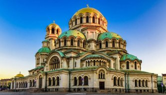 Bulgarian church architecture, inspired by the Byzantines