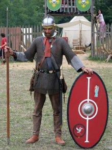 3rd century legionnaire in Lorica Hamata