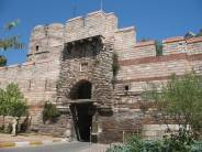 Constantinople gate Alexios stormed in 1261
