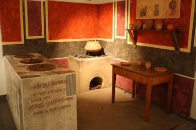 Commoner's Roman kitchen