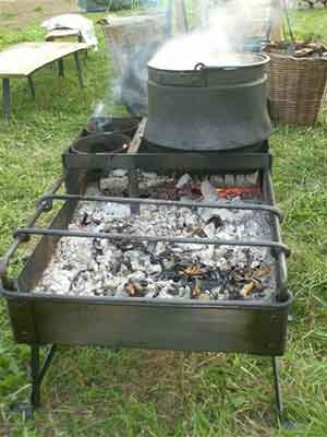 Grilling and boiling Ancient Roman style