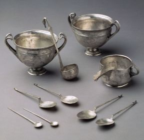Roman silver cups and utensils