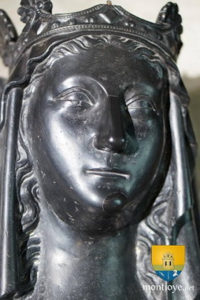 Real life Empress Marie of Brienne's sarcophagus