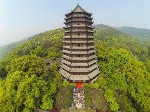 Liuhe Pagoda, built in 1165