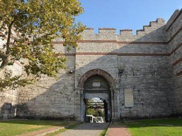 Gate of Charisius, Constantinople