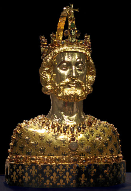 The-Bust-of-Charlemagne.-Photo-Credit-439x640